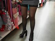 Pussy flash i en offentlig butik